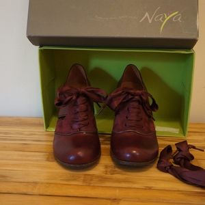 Naya Heeled Oxford
